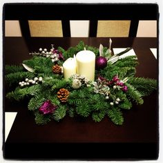 Navidad on pinterest 16 pins for Centros de mesa navidenos caseros