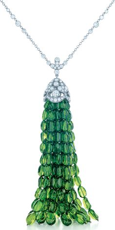 Tiffany & Co. diamond and platinum necklace with a green tsavorite tassel. From the 2013 Tiffany & Co. Blue Book Collection. Via Diamonds in the Library. #necklace #diamond #diamondnecklace #jewellery #tiffany