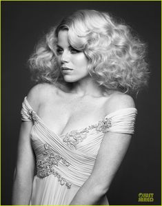 #Smash's Megan Hilty on the cover of 'Emmy' magazine.  http://www.justjared.com/2012/06/05/katharine-mcphee-megan-hilty-cover-emmy/