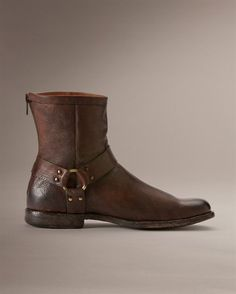 Frye Phillip Harness - never had a shoe crush before. That all changed when I met Frye boots.