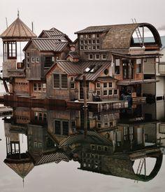 floating house, houseboat, hous boat
