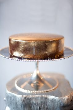 Copper cake by Gigi Blue Delectable Edibles. Shiny Metallic Luster Dust available through Pastry Chef Central. Photo by Missy Photography. pastri chef, idea, gold cake, food, wedding cakes, shini metal, metal luster, warm metal, copper cake