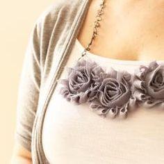 Easy Rosette Bib Necklace