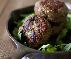 A savory herb beef sausage for a gourmet breakfast or dinner option while on the autoimmune paleo protocol.  http://stalkerville.net/  #paleo #aip