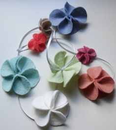 Felt Flower and Ribbon Garland by AAliciaAccessories #Felt #Flower #Garland