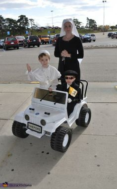 Pope and Bodyguard Costumes. Complete with Popemobile!
