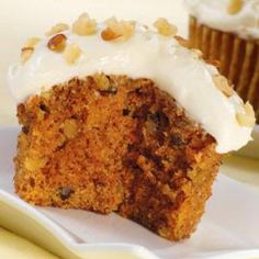 What a flavor combination--hearty Carrot Cupcakes with a thick coat of our rich Cream Cheese Icing. One of the most satisfying desserts around!