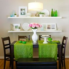 Wall shelves in dining room - good idea for easy decor and open storage
