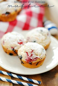 Berries and White Chocolate Muffins | www.somethingswanky.com