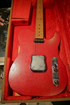 A piece of Fender history!! This is a prototype Fender Broadcaster/Nocaster/Telecaster 1949-1951 in Studebaker Red. See Dan from Chelsea Guitars talking about this guitar on attached YouTube link...  http://www.youtube.com/watch?v=CVOKvdUO-ek