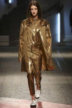 Moda Autunno Inverno 2014 2015  #womenswear #abbigliamentodonna #vestiti #clothes #autunnoinverno #autumnwinter #moda2014 #fashion #autunnoinverno20142015 #autumnwinter2015