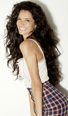 Alice Greczyn ... Her hair