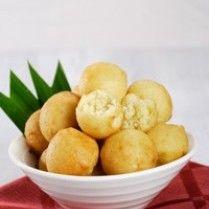 JEMPUT DURIAN http://www.sajiansedap.com/mobile/detail/2183/jemput-durian serba durian, fever dessert, asian food, indonesian food, asian cook, durian fever, malaysian delicaci