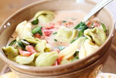 Slow Cooker Tortellini soup - 1 pack cheese tortellini, 2 cup spinach, 1 box chicken broth, 2 can italian tomatoes, 1 block cream cheese, 4 hr on low