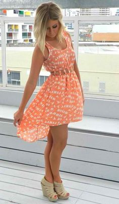 cute summer outfit. Be really cute with cowgirls boots