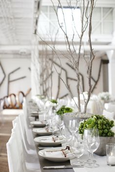 #tablescapes, #modern  Photography: Weddings by Sasha - weddingsbysasha.com/ Event Planning: Shannon Leahy Events - shannonleahy.com/ Event and Floral Design: Atelier Joya - atelierjoya.com/  Read More: http://www.stylemepretty.com/2013/07/26/san-francisco-wedding-from-shannon-leahy-events/