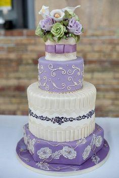 Purple Wedding Cakes Photos 2014