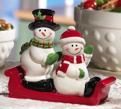 Snowmen Ceramic Salt & Pepper Shaker Set
