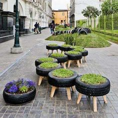 DIY tire and grass outdoor seating idea