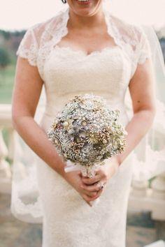 #brooch bouquet Photography: Lauren Fair Photography - www.laurenfairphotography.com/
