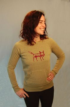 clever me Fox sweatshirt Fox Sweater Yoga by nicandthenewfie, $36.00...As if I need another shirt with a fox on it...