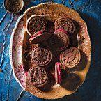 Tuisgemaakte Oreo's / homemade Oreo's. SARIE Augustus 2012/SARIE August 2012
