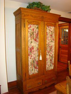 Open Gates Farm Bed & Breakfast   Formal Dining Room Serveware Cupboard