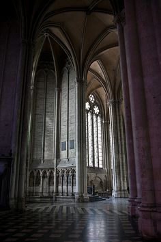 Amiens Cathedral - places of worship