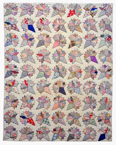 Bill Volckening over at Wonky World got a quilt from his mom. Isn't this exciting! #vintagequilts #scrapquilts