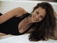 Eva González - Blog 'Las Tentaciones de Eva' 2012/2013 http://las-tentaciones-de-eva.blogs.elle.es/2013/07/12/potingues-viajeros/