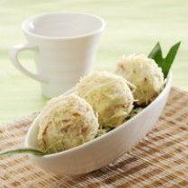 DURIAN GORENG KEJU http://www.sajiansedap.com/mobile/detail/5953/durian-goreng-keju fever dessert, olahan durian, indonesian food, asian cook, durian fever
