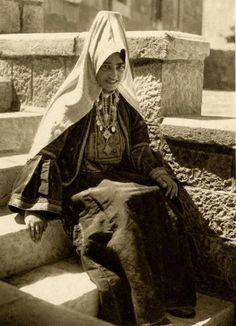 Bethlehem-بيت لحم: Women of Bethlehem 48 (1926)