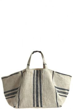 Great tote- make this out of antique grain sack