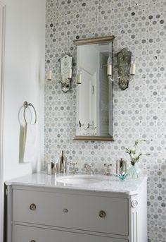 bathroom: Sarah Richardson