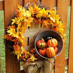 How to Make a Quick & Easy Fall Wreath!