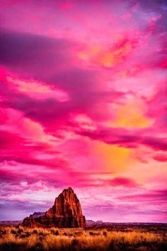 Temple of Sun Capitol Reef National Park, Utah