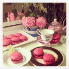 Easy Breezy Beautiful Macarons