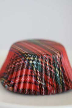 How cute would these plaid cupcake liners be during the holidays?!