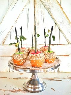 Loving this idea! Faux caramel apples for decoration by Aunt Ruthie from Sugar Pie Farmhouse.
