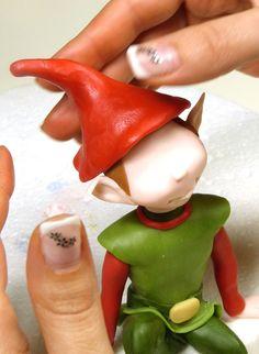 A Pandoro ... with a cute elf  of Paola More (powder sugar)