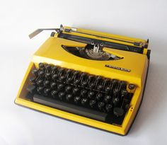 Man, i miss typewriters.  Then i remember how noisy they were and how it was impossible to fix a mistake or rewrite without re-typing the whole damn thing.  Liquid paper my arse.