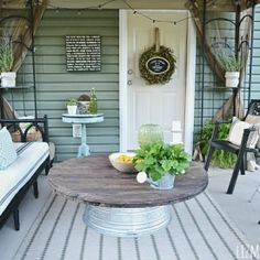 Come see how to make a lovely metal tub coffee table.