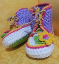 Shush's Handmade Stuff: Adult Gym Boots.  FREE PATTERN 9/14.