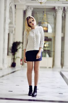 SWEATER : Zara  SKIRT : Zara  BOOTS : Zara  EARRINGS : Chanel  RING : Vintage  sep