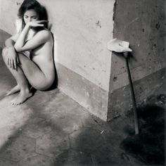 Francesca Woodman - Self Portrait with Lily, Rome 1977/78