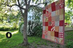 Baby girl patch quilt red and cream