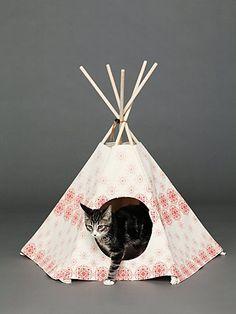 Printed Cat Teepee