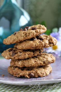Wonderful gluten-free oatmeal cookies with chocolate chips #cookies #glutenfree #oatmeal