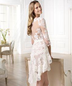 A Pronovias apresenta o vestido de noiva Yecelis. Atelier Pronovias 2014. | Pronovias