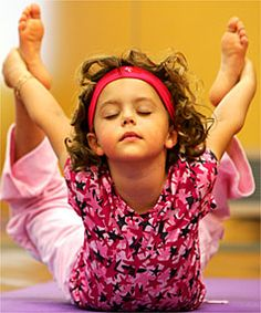 Miniature yogini. Precious.